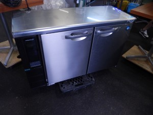 台下冷蔵庫 RT-115PTE